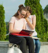 Lycéennes participant à la phase complémentaire Parcoursup
